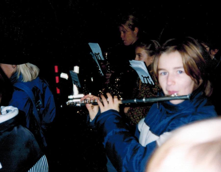 Rebekka Neumann und Virginia Clasen während des Bonner Martinszuges 1999, Foto: Alfons Seyock 1999