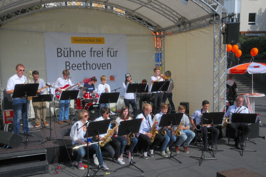 """Die Big-Band """"Brassrock"""" beim Konzert im Bonner Klanggrund. Foto: gonpix@2013 mit freundlicher Genehmigung."""